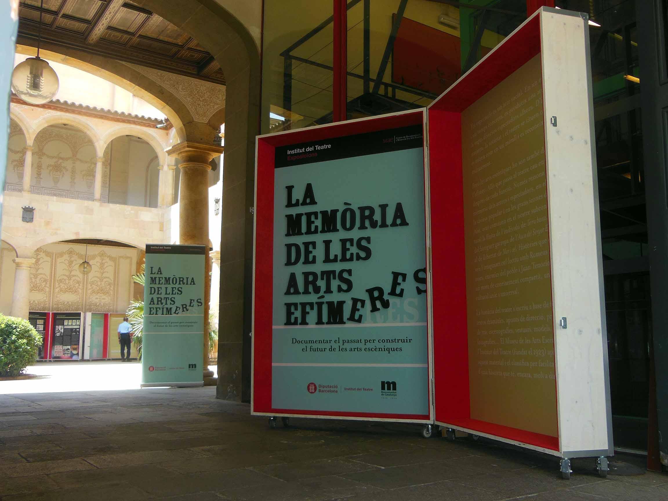L'exposició itinerant La memòria de les arts efímeres al CERC (20 a 31 juliol 2015)