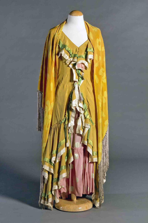 Vestit d'Antonia Mercè, La Argentina (1890-1936) dissenyat per Gustavo Bacarisas (1873-1971) per El amor brujo de Manuel de Falla estrenat a Paris l'any 1925