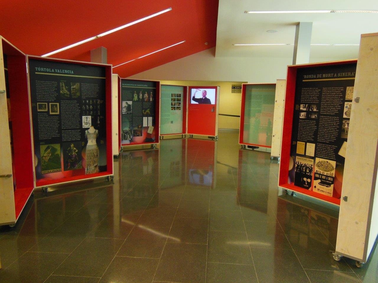 Exposició itinerant La memòria de les arts efímeres del MAE a l'Auditori Els Costals de Castellbisbal, del 2 al 29 de novembre
