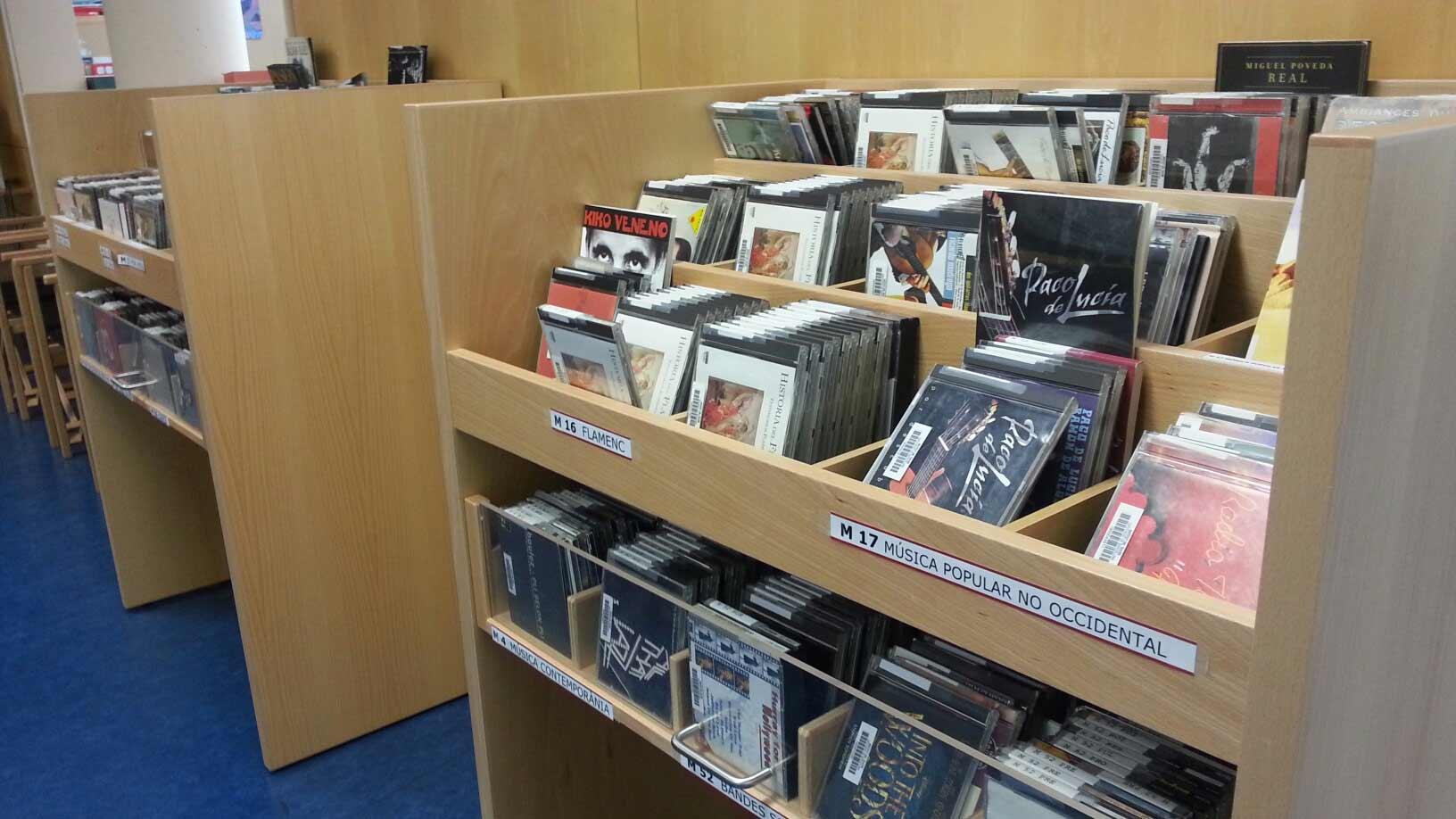 Secció d'àudio a la biblioteca de Barcelona del MAE