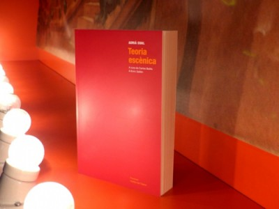 Teoria escènica d'Adrià Gual. Publicat per Institut del Teatre i Punctum, 2016