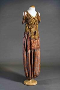 Vestit de Tórtola Valencia dissenyat per ella per Anitra de 1912