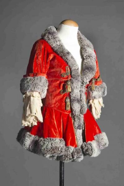 Vestit escènic de la soprano Elvira Hidalgo