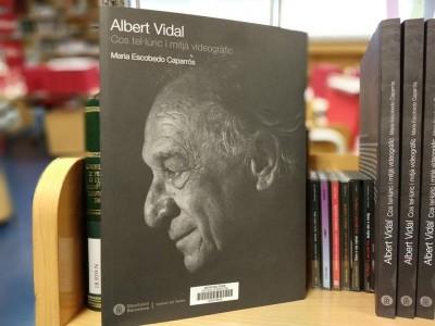 """Llibre """"Albert Vidal: cos tel·lúric i mitjà videogràfic"""",d e Maria Escobedo Caparrós,publicat per l'Institut del Teatre l'octubre de 2018."""