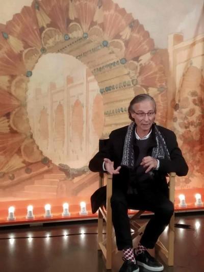 Xavier Bagà, entrevistat per Carlos Muries a la sala d'exposicions del MAE, 24 gener 2019