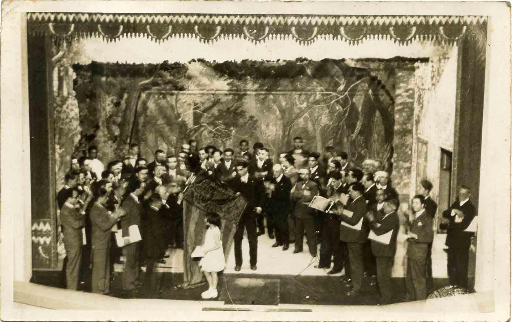 La Violeta de Clavé, en una actuació el 24 abril 1932