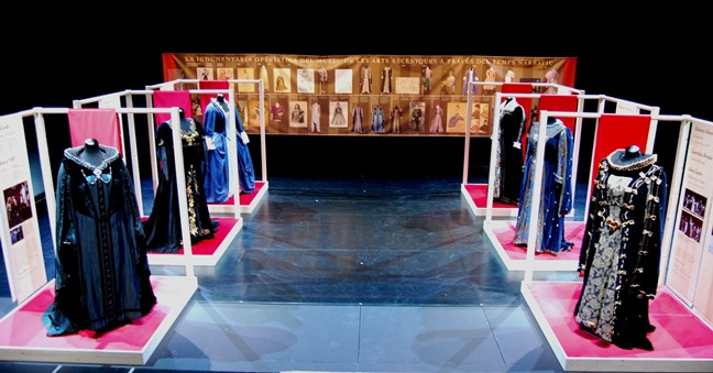 Instal·lació Montserrat Caballé i la indumentària operística del Museu de les Arts Escèniques, 11 a 13 novembre, Teatre Estudi, Institut del Teatre